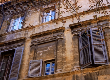 Sleepy Shutters in Aix